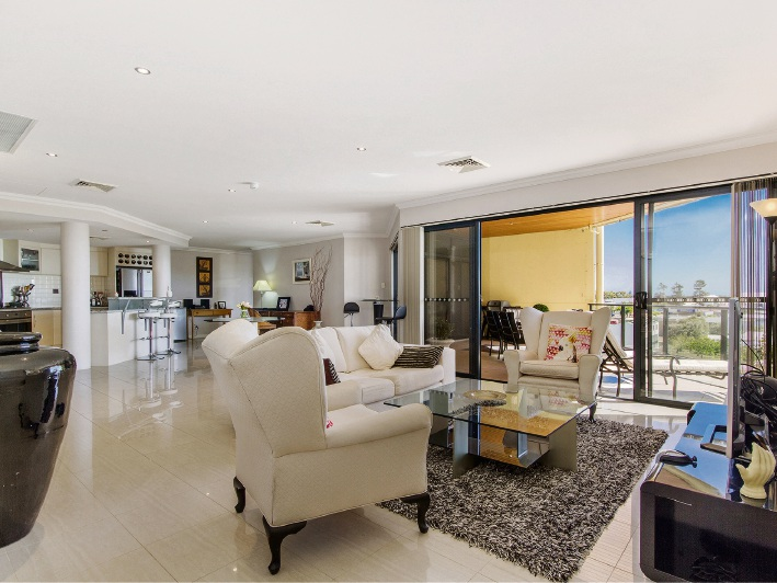 Rockingham, 14/59 Rockingham Beach Road – $750,000 – $780,000