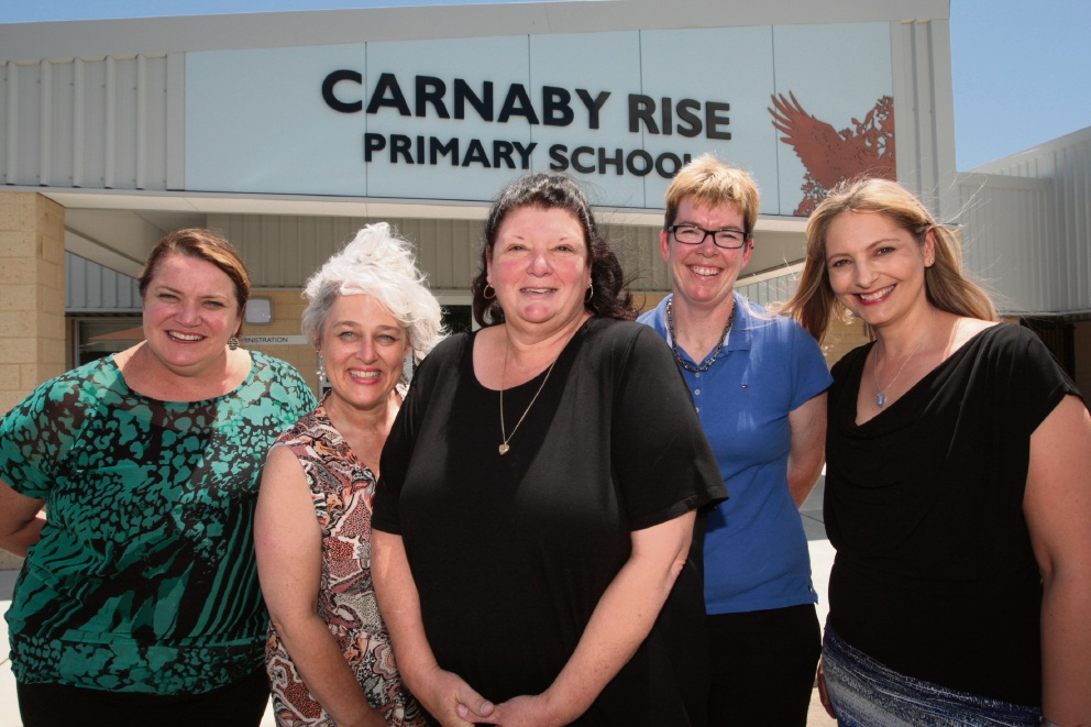 Alecia Lusted, Moya Gibson, principal Karen Giacomucci, Fiona Irvine and Kylie Rimmer. Picture: Bruce Hunt www.communitypix.com.au d464685