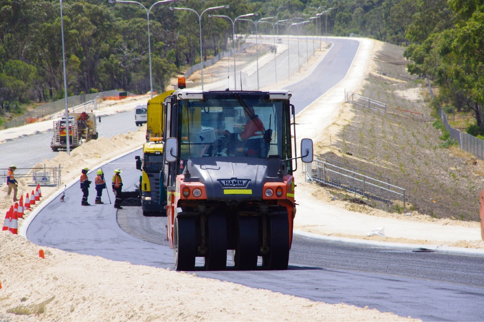 Work continues on the Mitchell Freeway extension