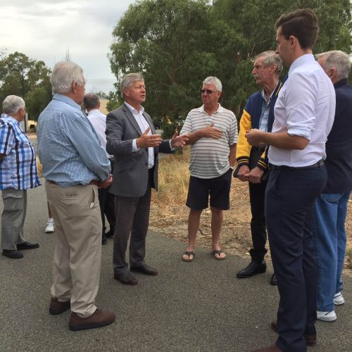 Bill Marmion meets residents on Tuesday.
