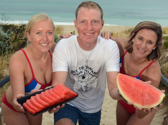 Cott to Swanny organisers (l-r) Victoria Baylis, Nick Hudson and Sarah Coyle want everyone to treat themselves at the race this Saturday.