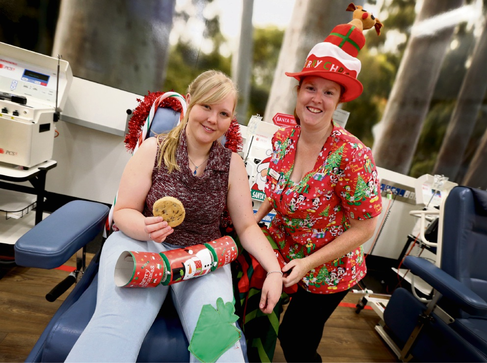 Donor Brenae Beattie of Bentley with Enrolled Nurse Rebecca Ford. Picture: Matt Jelonek