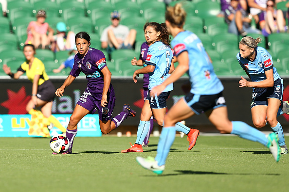 Samantha Kerr of the Glory looks to cross the ball during the W-League semi-final between Perth Glory and Sydney FC at Perth Oval last Sun.  Picture: Paul Kane/Getty Images