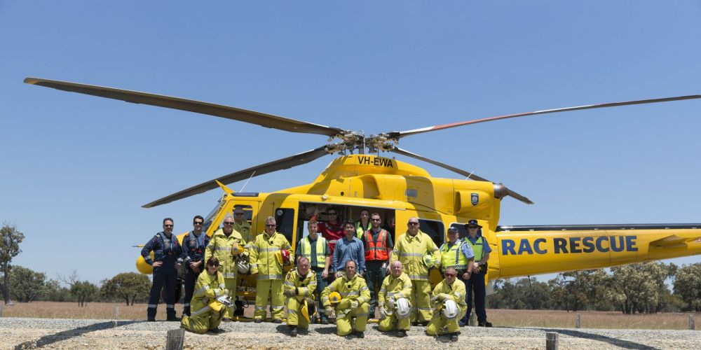 RAC Rescue crew and DFES visit Pinjarra to thank emergency crews