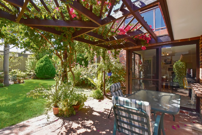 Duncraig, 20 Strathyre Drive – From $839,000