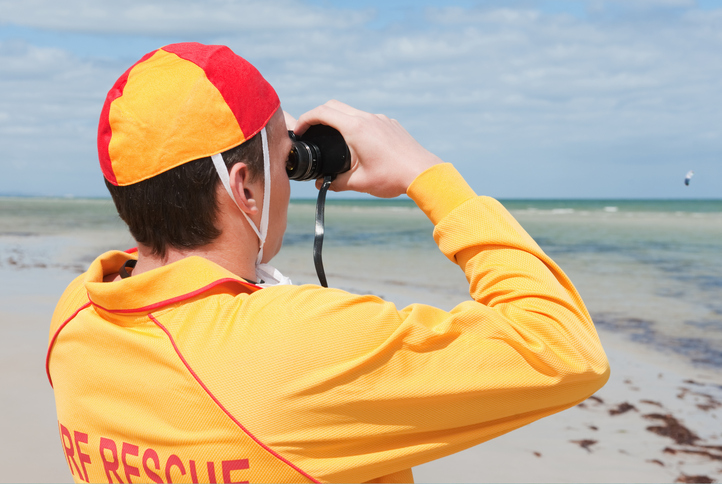 City Beach: lifeguards revive 82yo beachgoer