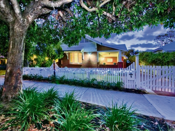 Mt Hawthorn, 5 The Boulevarde – Auction, February 25 at 11:00am
