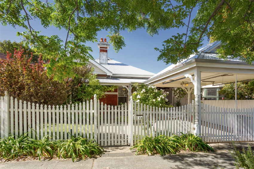 Western suburbs property market starts 2017 strongly, says reiwa.com