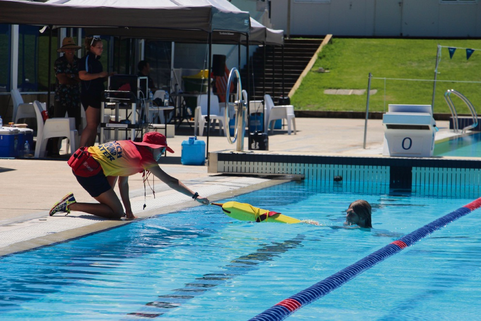 Mandurah Aquatic and Recreation Centre team finishes second at 2017 Pool Lifeguard Challenge