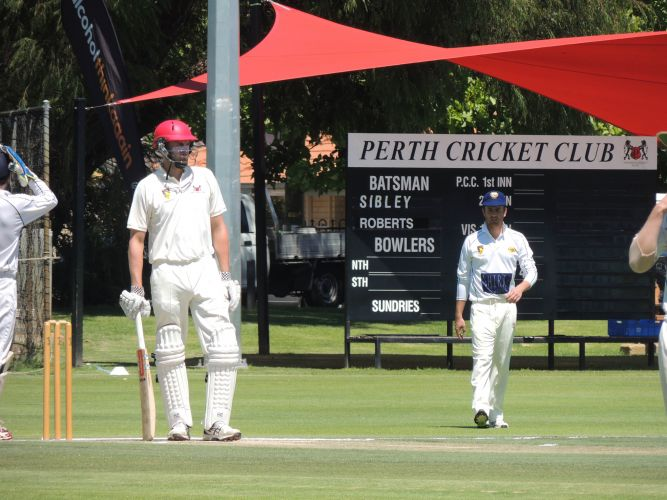 Dom Sibley produced 63 for Perth as the team secured a place in the finals.