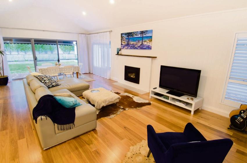 Dunsborough, 30 Beach Road – $1.195 million