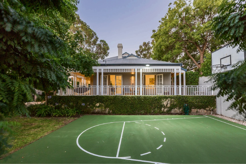 Peppermint Grove, 19 Venn Street – Offers by March 13