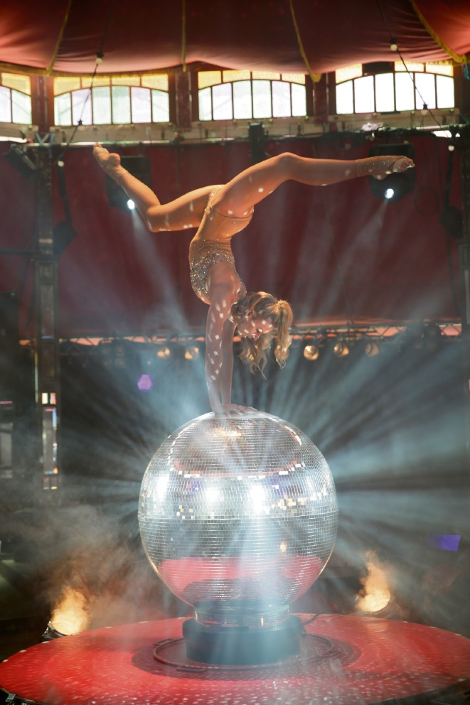Valerie Murzak will bring her contortion and hand balance mirror ball act to La Soiree at Fringe Festival. Picture: Andrew Ritchie.
