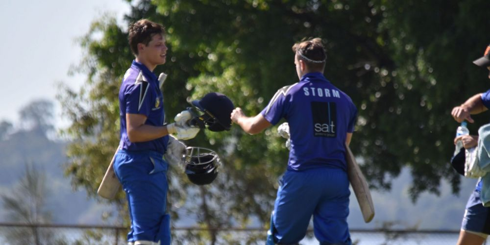 Melville never looked troubled on its way to a crushing seven-wicket win over Scarborough.