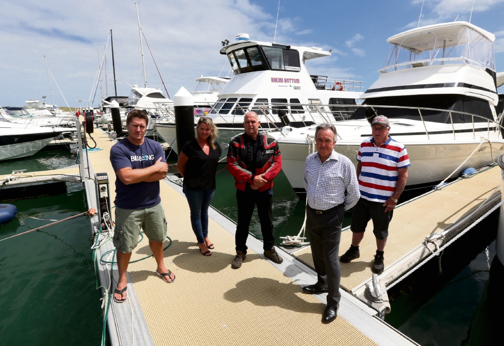Anton Von Wielligh, Kim Russell, Tony Merlino and Kevin Allen with Noel Summers at the marina. Picture: Matt Jelonek d465878