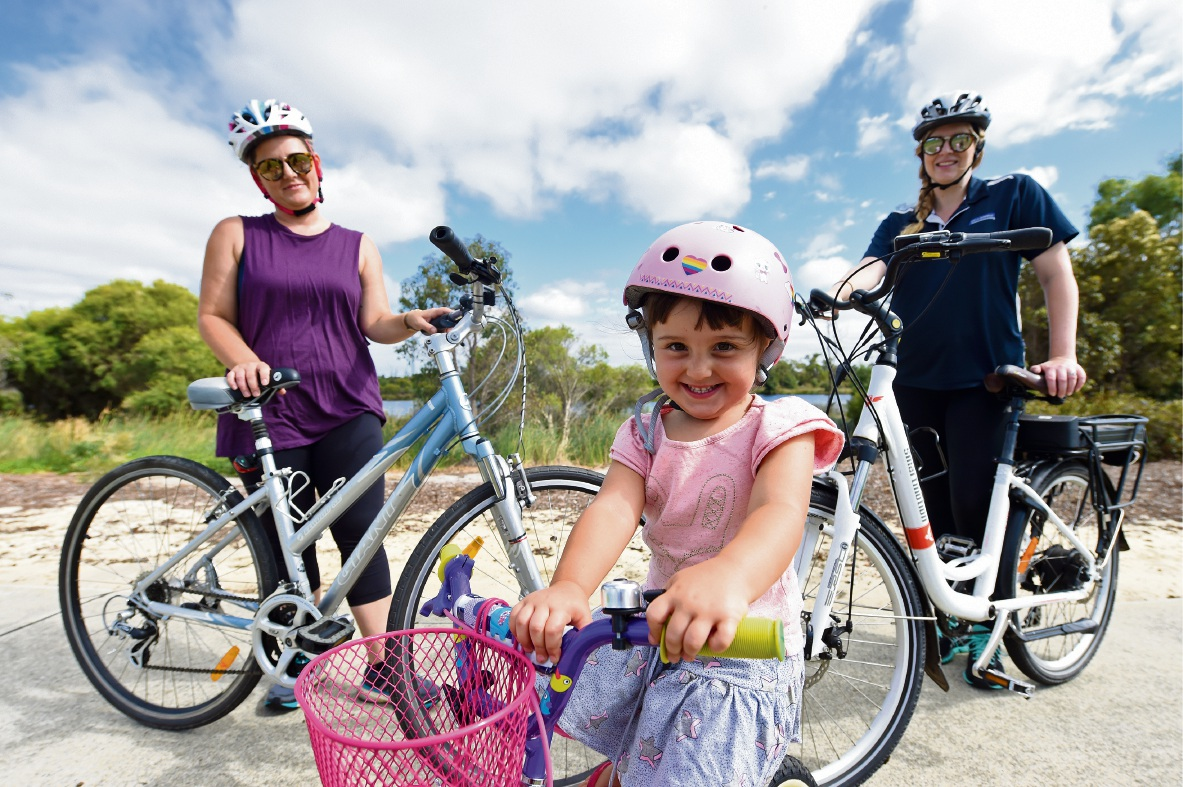 Enthusiastic cyclists Shelly Howe (left) with Amelie Craggs (front) and City of Gosnells' Peta Dunham (right).