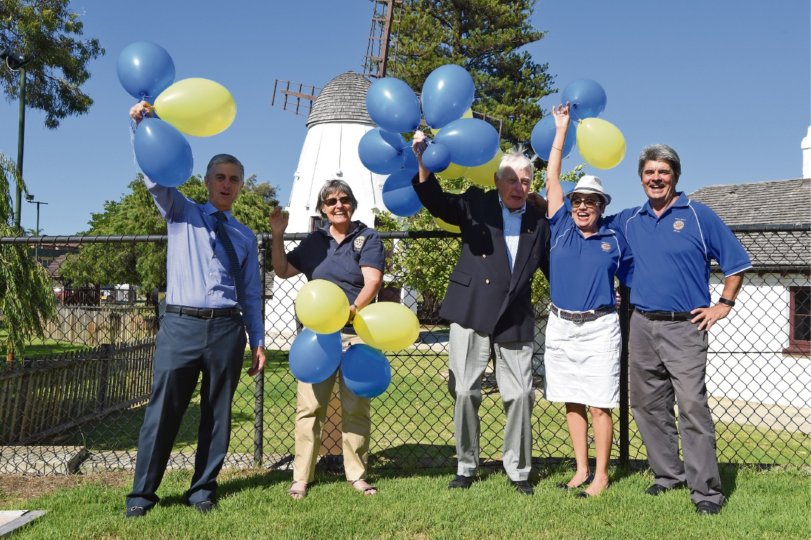 Frank Rousset, Jennie Hunt, Sid Jessup, Alison Thair and Rick Sneeuwjagt celebrate Rotary Club of Mill Point's 30th birthday. Picture: Jon Hewson