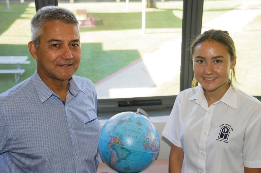 Ciana Martinus and her teacher Chris Reimers.