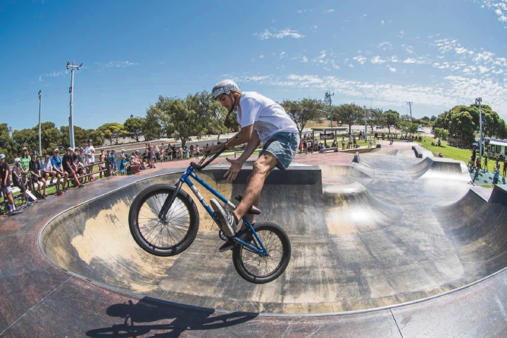Luke Tooze (16) won the 15-18 years BMX series title.