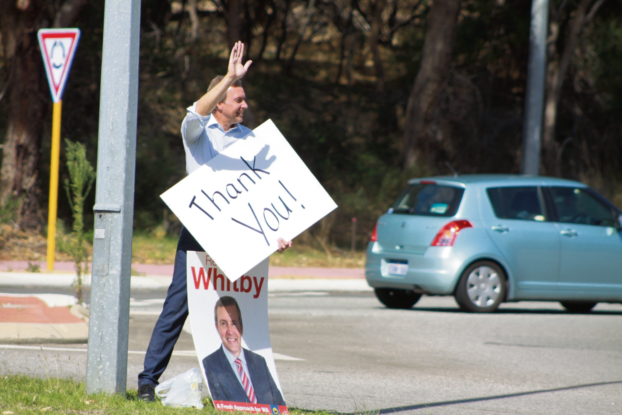 Baldivis MLA Reece Whitby thanks motorists for their support on Wednesday. |Picture: Gabrielle Jeffery