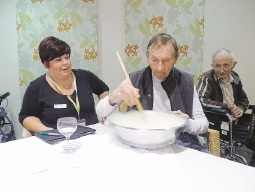 Yanchep retirement village gets visit from reality TV cooks