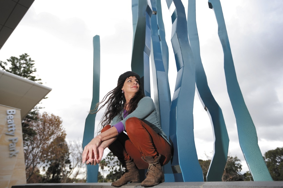 Artist Lorenna Grant with her piece Rivulets out the front of Beatty Park Leisure Centre.  Picture: Andrew Ritchie        www.communitypix.com.au   d439263