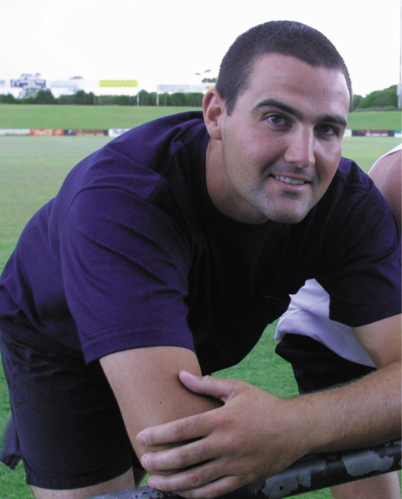 Ron Skender at West Perth pre-season training in 2002.Ron Skender at pre-season training for West Perth in 2002.