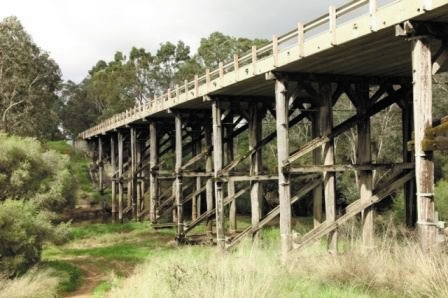 Funds flow to Murray River Coolup bridge construction