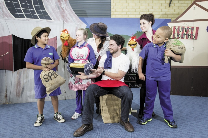 Marc De Castro (5), Michelle Shaw (5), with performers Cassie Skinner, Tom Moir, Maria Louise Holland and Ryan Hargreaves (5).