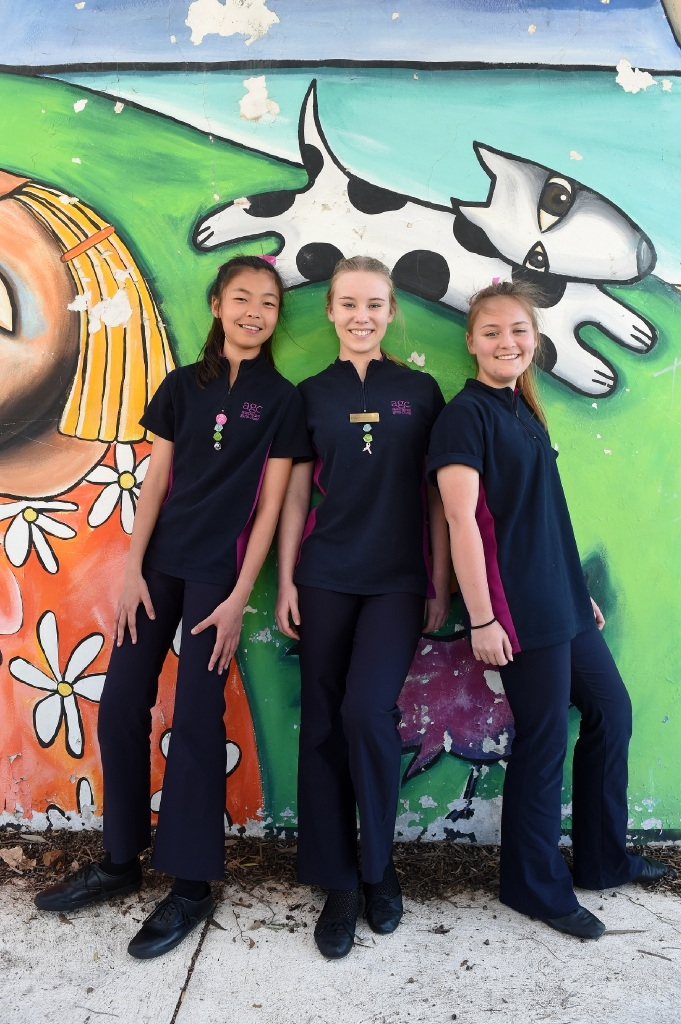 Shane Lim, Gabriela Postma and Tayla Bell are in the US singing with the Australian Girls Choir. Picture: Jon Hewson  d443285
