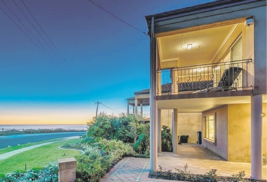 Yanchep, 25A Compass Circle – From $749,000
