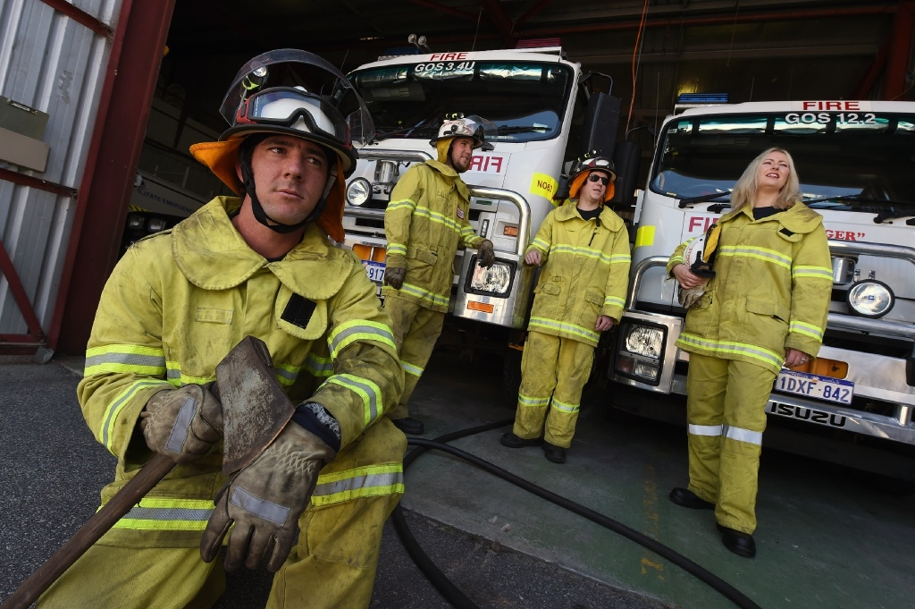 Back L to R - Stuart Gibson, Calum Watson, Kylie McKeith  Front - Gareth Hemingway (All Volunteer Firefighters) Picture: Jon Hewson www.communitypix.com.au   d443483