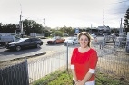 Labor vows removal of Cottesloe's Victoria Street level crossing