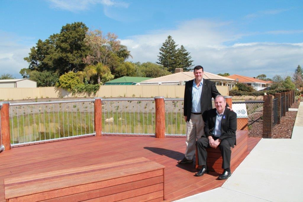 South Metropolitan MLC Phil Edman and Rockingham Mayor Barry Sammels at the upgraded area of Lake Richmond.