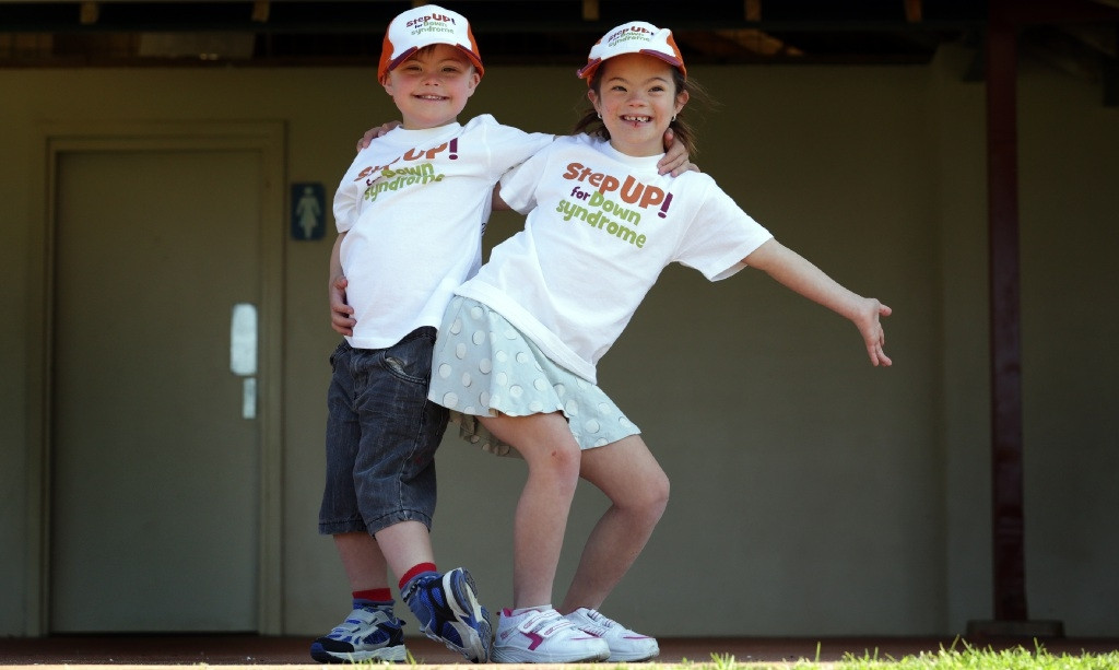 Wil Schwagermann (6) and Lily McCain (6) will walk for Down Syndrome WA. Picture: Martin Kennealey www.communitypix.com.au   d443825