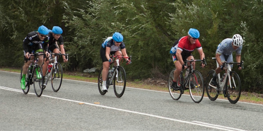 The sprint for third place in C grade.