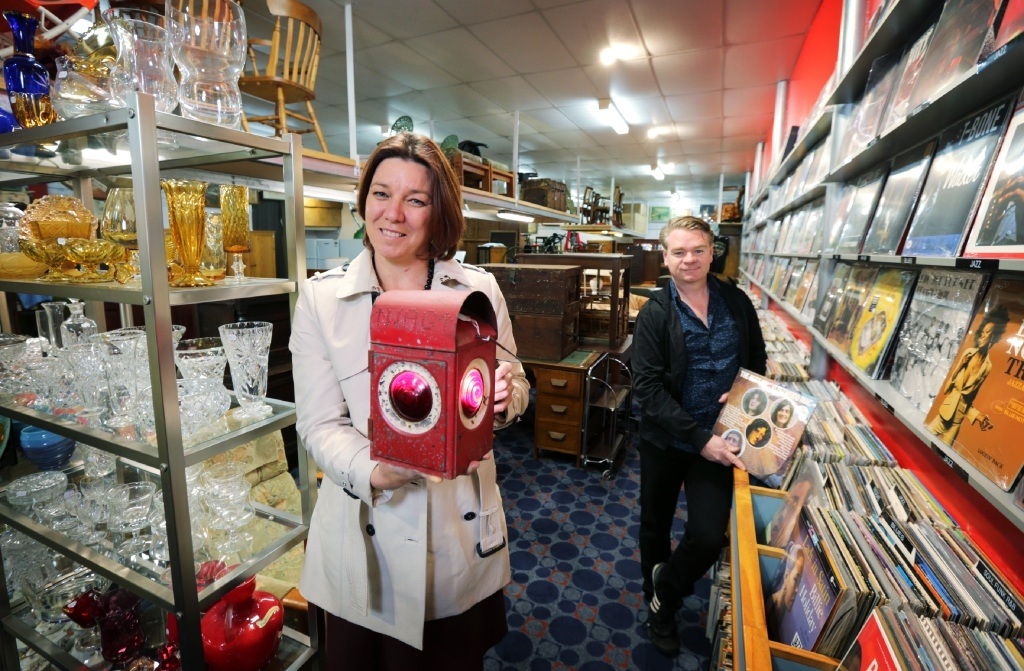 Midland shop a treasure trove for keen secondhand fossickers