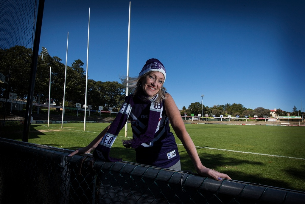 'Industrial-sized' Dockers fan Melanie Cannon says the man of her dreams must  be as big a Freo fan as she is. Picture: Will Russell        www.communitypix.com.au   d443761