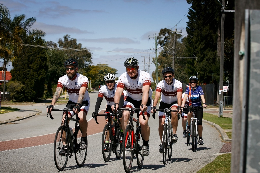 Cyclists and staff from Six Willows Cafe hit the road to bring in the dollars for the Children's Research Institute. Picture: Marie Nirme        www.communitypix.com.au   d443585