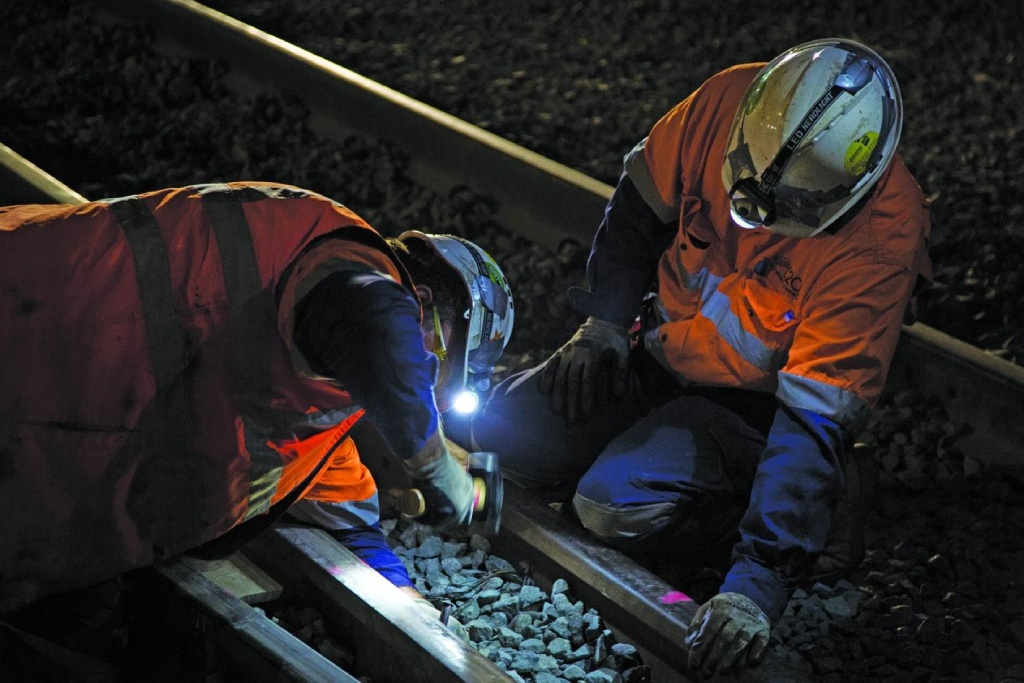 The Morley to Ellenbrook rail line will receive $750 million to begin construction next year.