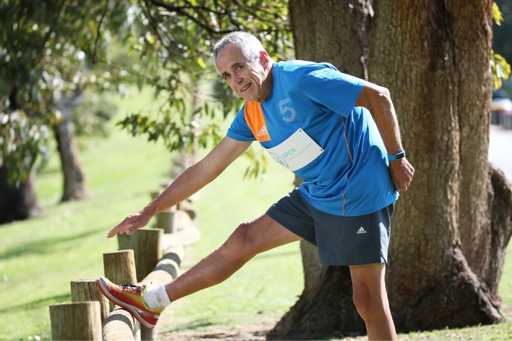 Cancer survivor Neil Hawtin (67) going through his stretches as he prepares for the Melbourne Marathon next month.   Picture: Andrew Ritchie www.communitypix.com.au   d443848