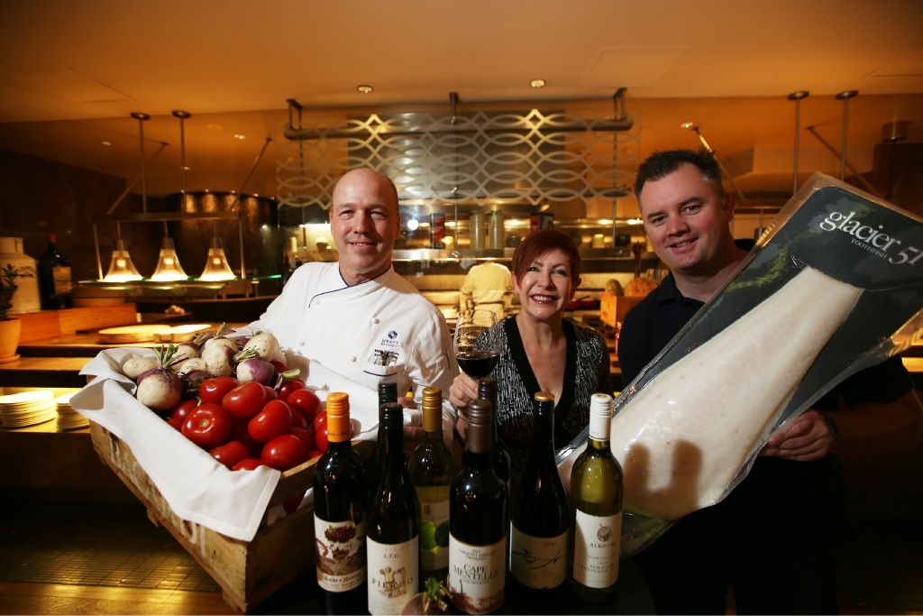 Hyatt executive chef Mark Sainsbury, MC Verity James and Austral Fisheries marketing manager Dylan Skinns getting ready for the Qantas Wine Show. Picture: Andrew Ritchie        www.communitypix.com.au   d444083
