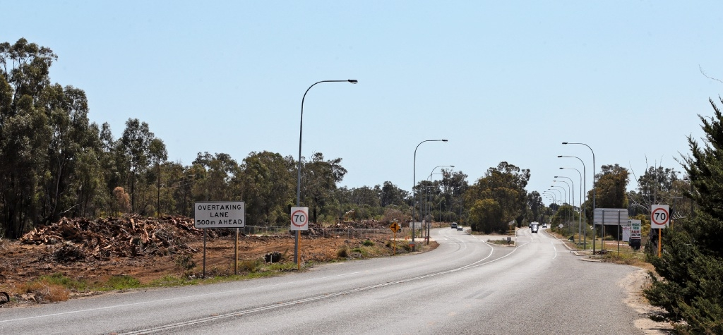 The speed limit on Wanneroo Road in Neerabup has been temporarily reduced.