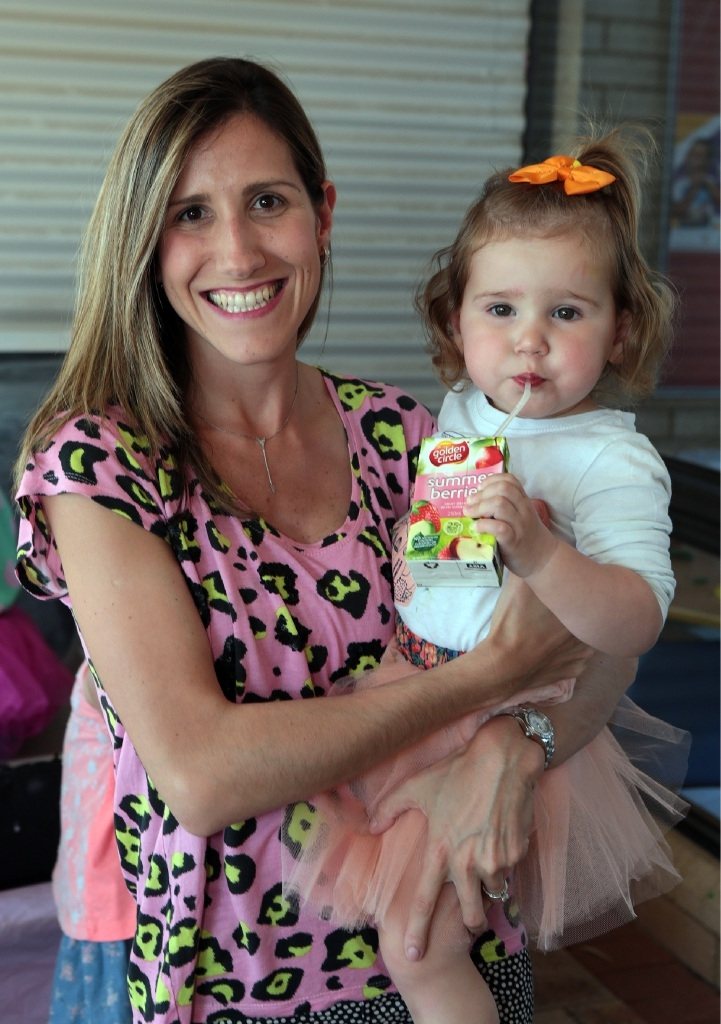Juliana Harris with Isobel (20 months).Pictures: Martin Kennealey www.communitypix.com.au d444260