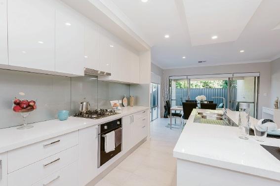 Scarborough, 15 Ilmenite Lane – Offers