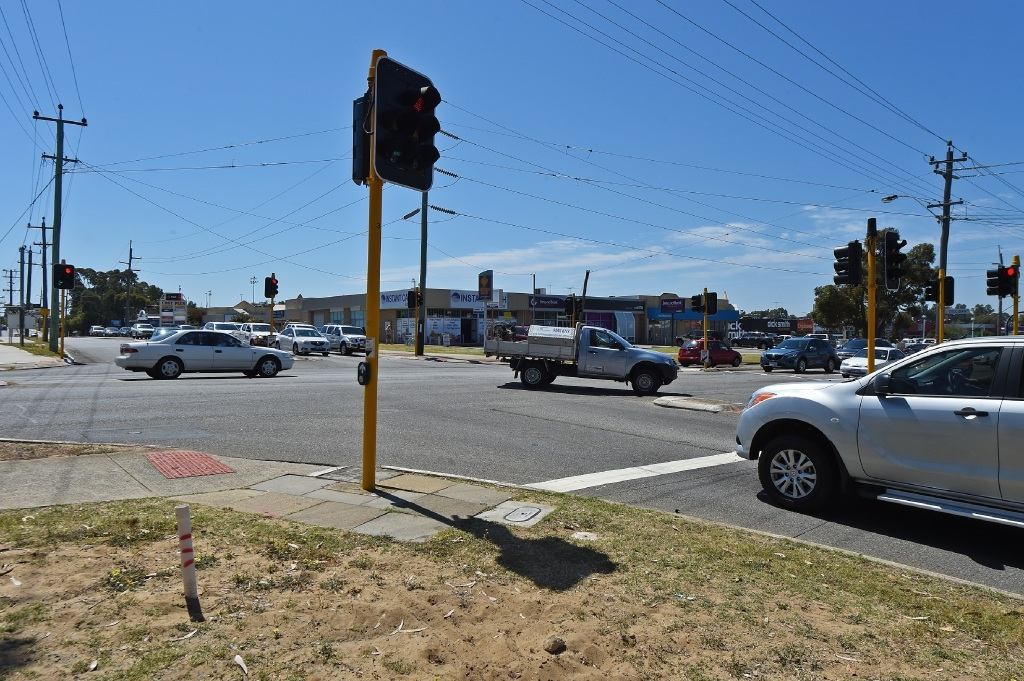 Mandurah City Council is aware Dower Street intersection is in need of attention and reconfiguration.