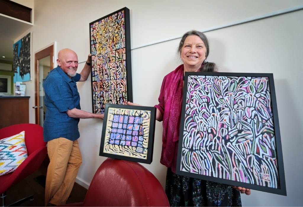Gallery curator Mark Alderson and artist Una Bell.Picture: David Baylis   d444101