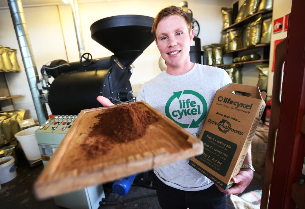 Ryan Creed with some of the grounds they collect.  Picture: Matt Jelonek www.communitypix.com.au   d444275