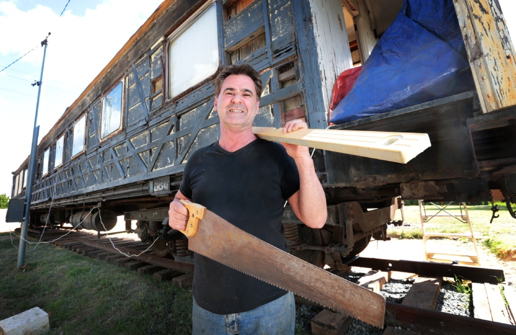 The great train hobby: Midvale railawy enthusiast is restoring a railway car