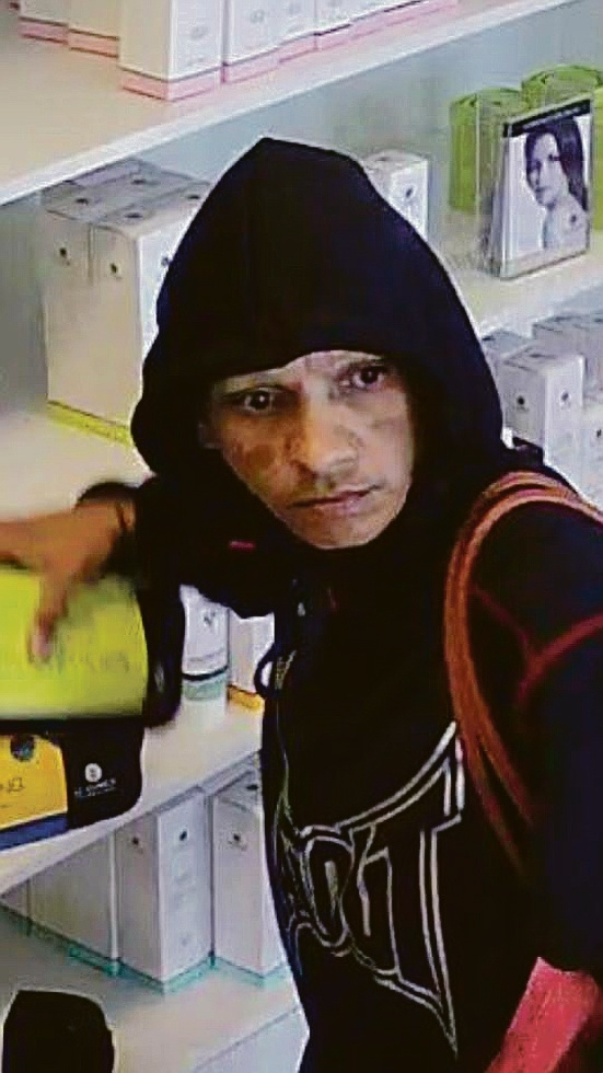 Jemma Blurton caught on CCTV taking items from Eco Spa in August.